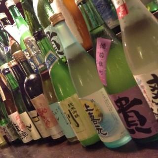 東海地方のお酒を中心に取り揃えております。