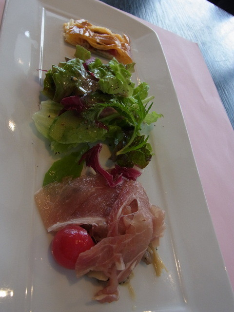 ビストロフレンチ クリマ - 魚のランチ(1260円)の前菜