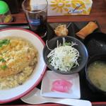 さん吉食堂 - 料理写真:和風餡かけ玉子炒飯 700円