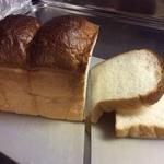 パリクロアッサン - 田園食パン