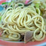 浜ちゃんぽん - 濃厚な豚骨スープ+お野菜の旨味でウマウマ~。