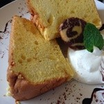キース - カボチャのシフォンケーキ