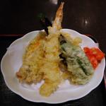 24717616 - 天ぷら(鮮魚の刺身と天ぷら定食)