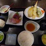 24717619 - 鮮魚の刺身と天ぷら定食
