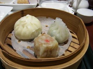 ザ カイエン 宇都宮店 - 飲茶は焼売、小籠包、まんじゅうの3種類
