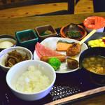 高山桜庵 - 朝食バイキング