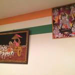 タージマハル エベレスト - お座敷の壁の飾り