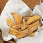 やきとり青木 - 料理写真:ポテトフライ。ちゃんと芋から揚げてます。
