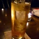 トライシクルカフェ - 梅酒のソーダ割