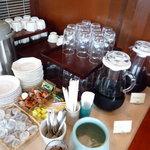 入母屋 - 紅茶、コーヒーも飲み放題。