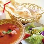 ガナパティ・ババ - ランチはお客様のお好みのカレーを選んで頂けます