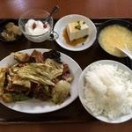 上海厨房 玲玲 - 豚バラ肉のキャベツ辛味炒め(2014.1)