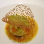 フランス料理 ラノー・ドール - 玄界灘桜鯛 黒米リゾット、ポロネギ、サフランとトマトのソース