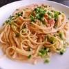 食堂APOLLO - 料理写真:にんにくとフレッシュトマトのクリームパスタ