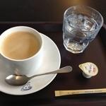 神椿 - ブレンドコーヒー@400円