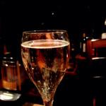 月光食堂 - グラスのスプマンテ。