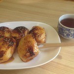 田中屋本店 - 老舗の群馬銘菓焼饅頭だ。