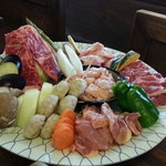 本家なかむら - 焼き肉盛り合わせ(2人前)+焼き野菜