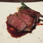 えびマリアージュきっちん - ドライエージングの熟成サーロインステーキ 熟成肉の香りがたまりません