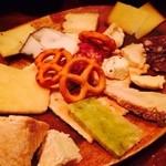 orso - チーズ盛り合わせ