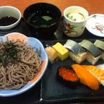 華屋与兵衛 - 料理写真:さば寿司盛セット