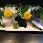 磯料理 元海 - しめ鯖とエンガワ