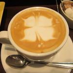 ナガハマコーヒー - アートのバリエーションは最も豊富な店舗です