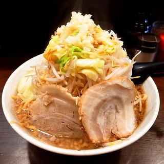 麺屋 愛0028 - 丼が小振なので、結構な盛りに見える(2014年2月15日)