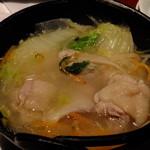 竹取物語 - 若鶏とシャキッと野菜の白湯鍋:780円