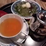 24753327 - 抹茶あんみつと紅茶のセット
