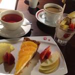 キャトルヴァン - いよかんのタルト、チョコアイス、紅茶、カフェオレ