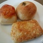 サンマルクパスタ - ランチのパン食べ放題2