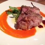 ドクトルカルネ - イベリコ豚ベジョータのあぶり焼き〜赤のソース〜1800円