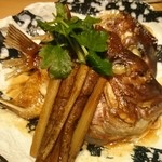 博多漁家 磯貝 - 鯛のあら煮