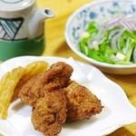 信濃路 - 料理写真:鶏の唐揚げ フライドポテト添え