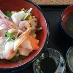 24763609 - 特上魚山丼1050円