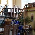 グローバル・キッチン・バンブーカフェ - 生演奏用のドラムのセット
