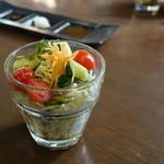 グローバル・キッチン・バンブーカフェ - ランチのサラダ