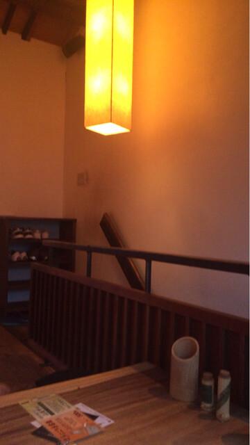 炭焼創彩鳥家 人見 - 階段を上がって二階へ。