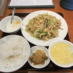 24767486 - 豚肉細切と野菜炒め定食