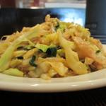 24767495 - 豚肉細切と野菜炒め横からアップ