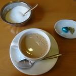PASA - マサラミルクティー、砂糖、フェンネル、氷砂糖、チョコレート