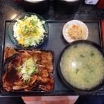 帯広ぶた丼 -