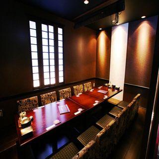 【個室】4名様~の少人数個室空間!が人気!会食や接待に!