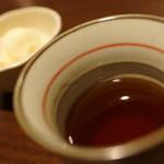 目太間 - お茶でヴァニラアイス