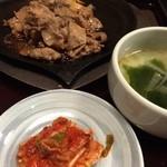 多来 - プルコギとキムチとワカメスープ