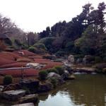 妙心寺山内 退蔵院 - よく手入れされたお庭です