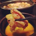 Tajimaya - 肉にネギを巻き、卵にくぐらせ、至福の時間。