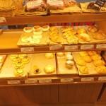 パン工房 Michel - 所狭しとパンが並んでいます