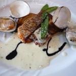 あんぷ~ - 鯛・はまぐりのポワレ 玉ねぎ、インゲン添え 白ワインソースとバルサミコ